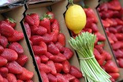 市场草莓 图库摄影