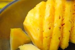 市场菠萝 免版税库存图片