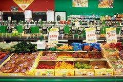 市场超级市场内部 免版税库存照片