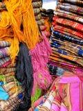 市场otavalo纺织品 库存图片