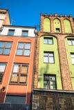 市托伦在波兰,历史的经济公寓住宅 免版税库存图片