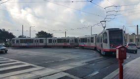 市政公共汽车火车在旧金山 免版税库存照片