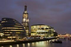 市政厅伦敦晚上视图 库存照片