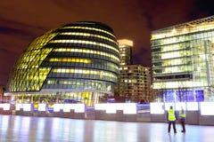 市政厅伦敦晚上 库存照片