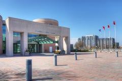 市政厅在万锦市,加拿大在一美好的天 图库摄影