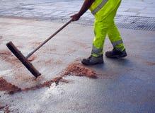 市政府工作人员-城市街道清洁和洗涤物,西班牙 免版税库存照片
