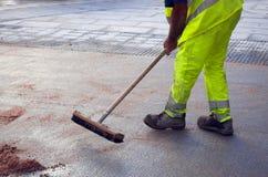 市政府工作人员-城市街道清洁和洗涤物,西班牙 免版税图库摄影
