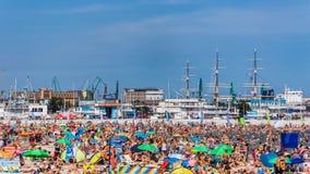 市政海滩在格丁尼亚 库存照片