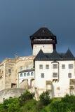 市的中世纪城堡Trencin在斯洛伐克 库存图片