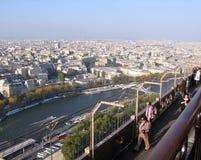 市的全景从艾菲尔铁塔法国的顶端巴黎 免版税图库摄影