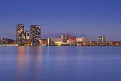 市的地平线阿尔梅勒在荷兰 免版税库存图片