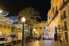 市的市政厅广场埃尔切,有圣诞节装饰的 库存照片