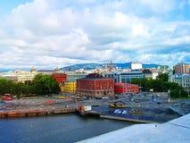 市的明亮的颜色奥斯陆 挪威 库存图片
