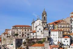 市的老部分的地平线波尔图,葡萄牙 库存照片