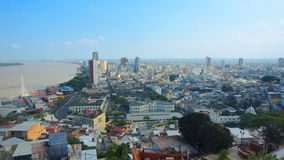 市的街市的全景瓜亚基尔 库存照片
