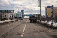 市的路和看法Khanty-Mansiysk 库存照片