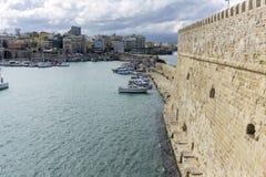 市的鸟瞰图伊拉克利翁在克利特,希腊 免版税库存图片