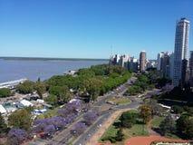 市的鸟瞰图罗萨里奥,阿根廷 库存照片