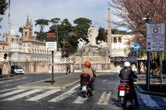 市罗马-通过受控有限的交通对市中心 免版税库存照片