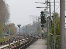 市郊火车跟踪 库存图片