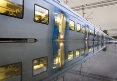市郊火车 免版税库存照片