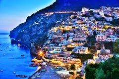 市阿马飞海岸的,意大利波西塔诺 免版税库存照片