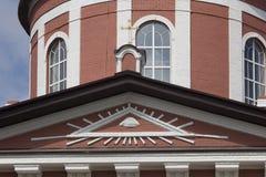 市Birsk t教会的大厦的片段  免版税库存照片