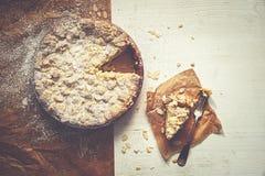 布丁碎屑蛋糕 库存照片