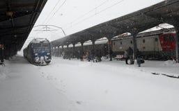 布加勒斯特北部火车站在冬天之前 图库摄影