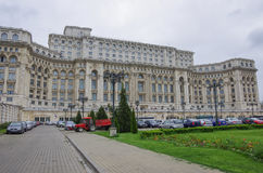 布加勒斯特宫殿议会 免版税库存照片