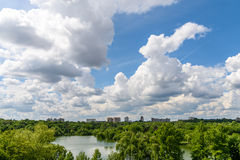 布加勒斯特市地平线视图 图库摄影