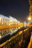 布加勒斯特法院大楼晚上 库存图片