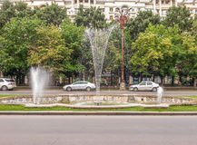 从布加勒斯特的美丽的年迈的喷泉 库存照片