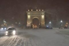 布加勒斯特胜利曲拱在冬天定期的Arcul de triumf 免版税图库摄影