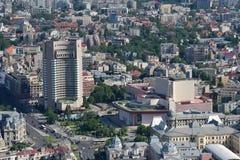 布加勒斯特,罗马尼亚, 2016年5月15日:大学正方形鸟瞰图在有洲际的旅馆的布加勒斯特 免版税库存照片
