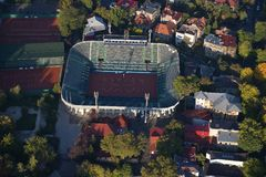 布加勒斯特,罗马尼亚, 2016年10月9日:网球Arenele BNR复合体鸟瞰图在布加勒斯特 库存照片