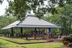 布勒吉罗德,泰国- 2018年4月14日:Visitot在Sri Mahosot 库存图片
