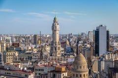布宜诺斯艾利斯市立法机关塔和街市鸟瞰图-布宜诺斯艾利斯,阿根廷 库存照片