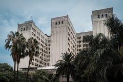 布宜诺斯艾利斯,阿根廷 一家大学医院在中心 库存图片