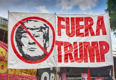 布宜诺斯艾利斯,C A B A 阿根廷- 2018年11月30日:g20山顶抗议,布宜诺斯艾利斯 免版税库存照片