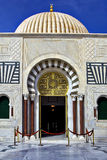 布尔吉巴的金陵墓的门 免版税库存照片