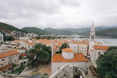 布德瓦老镇屋顶  免版税库存图片
