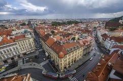 布拉格上帝的母亲老镇中心和教会在Tyn前的在布拉格,捷克 免版税库存图片
