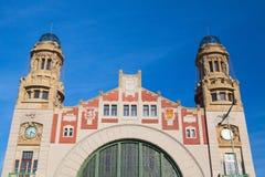 布拉格中央火车站 cesky捷克krumlov中世纪老共和国城镇视图 免版税库存照片