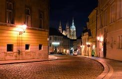 布拉格城堡通过老镇,布拉格 免版税库存图片