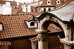 布拉格屋顶上面 免版税库存图片