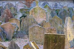 布拉格犹太墓地 免版税图库摄影