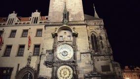 布拉格的老镇中心夜视图  影视素材