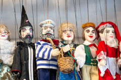 布拉格纪念品,传统木偶 免版税库存照片