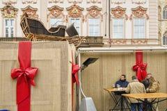 """布拉格,捷克†""""2011年12月12日布拉格圣诞节市场 免版税图库摄影"""
